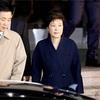 韓国検察、朴前大統領の逮捕状請求 地裁が近く審査