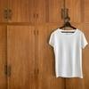 半袖白Tシャツのシーズンレスな着回しに注目!ますます服がミニマルに。