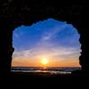 夕日撮影。石川県輪島市町野町曽々木・福が穴・せっぷんトンネル