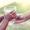 一杯の冷たい水