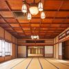 静岡県伊東市の3階建て温泉旅館「東海館」で建築美に浸り温泉に浸かる。