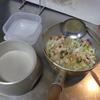 幸運な病のレシピ( 1679 )朝:鱒、鮭、メザシ、味噌汁、マユのご飯(素材からドッグフード)