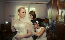bridesmaidとmaid of honor。違いは何?