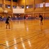 バドミントンするお姉ちゃん badminton girl