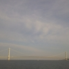明石・大蔵海岸から明石海峡大橋を眺める休日