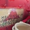 山本光輝さんの絵ハガキと2019年卓上カレンダーを飾りました。