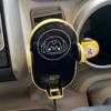 ギリギリで購入して届いた BT21 車の充電器 (CHIMMY)