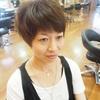 伸びてくせの出た髪を、まとめてカラーする