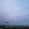 雨の成田空港