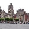メキシコシティのメトロポリタン・カテドラルは屋上に登るツアーがお勧め
