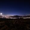【天体撮影記 第72夜】 山梨県 甘利山 甲府盆地の夜景と富士山と沈みゆく天の川