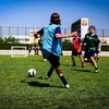 無酸素系競技と有酸素性トレーニング(持久系運動がもたらす適応が、激しい運動間の回復時間を短縮するという点に着目することは有益になる)