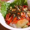 【ご飯がすすむ!】サーモンとアボカドのユッケ丼