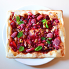 「冷たいベリーと熱々とろ~りチョコのデザート・ピザ バニラアイスも一緒に」のご紹介