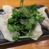 「肉汁餃子研究所 ドロップ酒場」の肉汁たっぷりのラム餃子が美味かった【祐天寺】
