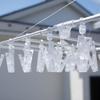 洗濯物をたくさん干すなら、無印良品の「アルミ角型ハンガー(特大)」がデザインもシンプルでいい感じ。