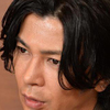 武田真治が、15日放送の『メレンゲの気持ち』(日本テレビ系)に出演。トーク中、いきなり芸能人との交際過去を自ら明*一幕があった。   年齢を経るにつれ、女性の好みにこだわりがなくなったという武田。以前は「休みの日に花瓶の絵を描いている子が良いぐらいに思っていた」と独特の恋愛観を持っていたそうだが、今は「家庭的であることと、一緒になって運動してくれること」が条件だそう。   また以前、同番組でホラン千秋を好みのタイプと言っていたが、改めて彼女について聞かれると、「なんて高望みなんでしょうね」と謙遜。さら