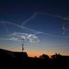 1月18日早朝、ロケットの噴煙が凍って出来る夜光雲。