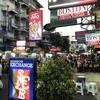 タイ旅行!カオサン通りは活気あふれる街。おみやげや観光に最適。