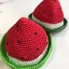 スイカの麦わら帽子を編みました🍉