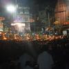ただならぬ雰囲気が漂うインドのバラナシ