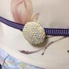 【着物コーディネート帖】春霞がかかったような草花模様の小紋に、木蓮の帯で早春の装い。