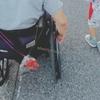 車椅子の親を持つこども (親の気持ち)