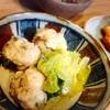 鶏団子和風白菜スープ、玉ねぎさつま揚げ、茄子豚肉