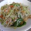 幸運な病のレシピ( 928 )昼:チンゲン菜とモヤシの炒め(鶏モモ白ワインソース)、エビフライ、アスパラ素揚げ