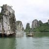 ベトナムのハロン湾で大自然を24時間堪能したい!船上にお泊りで