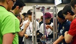 初心者集団が海外の大会へ。高校生が海外ロボコンにかける青春