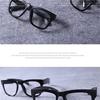 魅力的な黒縁メガネ 太いデザイン