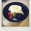 ジョナサンの「自家製おぼろ豆腐の甘味仕立て」を食べました。