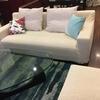 伸縮素材のカバーでソファーの衣替え