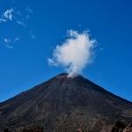 「ナウルホヘ山(Mt Ngauruhoe)」富士山??を見ながら。。。~「トンガリロ アルパイン クロッシング(Tongariro Alpine Crossing)」