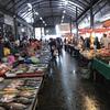 インペリアルワールド&サムローン市場を散策。