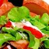 水切りヨーグルトソースたっぷりの野菜サラダサンド
