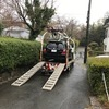 伊東市からレッカー車で車検切れのパンクした不動車を廃車の出張引き取りしました。