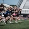 競技における加速と減速のバイオメカニクス上の差異(初期の力を吸収するメカニズムとしての役割があるため、減速においては脚の運動学がきわめて重要になる)