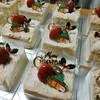 24個のクリスマスケーキ