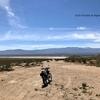 カラカラの湖を疾走!ジョンソンバレーOHV | カリフォルニアのオフロード