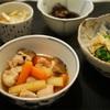 鶏肉と根菜の煮物、でもパースニップ入り。