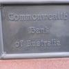 マーティンプレイス 圧巻の銀行 その門構えとは?