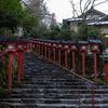 貴船神社で初詣、駐車場に困るのと道が狭く立往生の車が続出