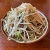 前田食堂で次郎系沖縄そば「牛肉そば」を食べる