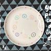お皿に絵がかけるよ♪