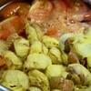 「佐久の季節便り」、「花オクラ」と「トマト」を、コンソメスープにしていただく。