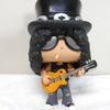 """ファンコのガンズ・アンド・ローゼズ・フィギュア「スラッシュ」を紹介します(Funko POP ROCKS """"Slash"""")"""