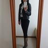 シニア女性が着るライダースジャケット