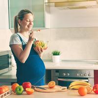 赤ちゃんのために何食べよう?知っておきたい妊娠中の食事